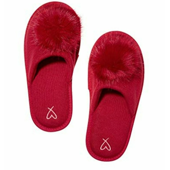 4df3303c3802 Victoria s Secret furry pom pom red slipper nwt